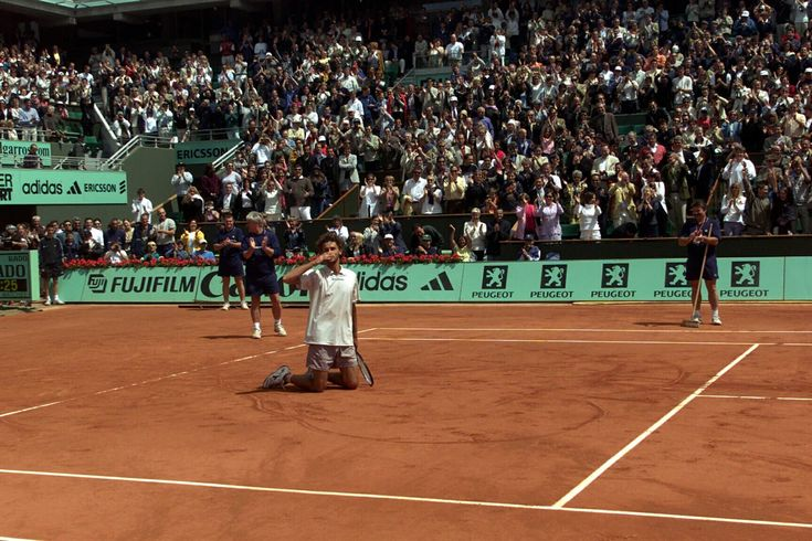 Gustavo Kuerten and Roland-Garros - A LOVE STORY UNIQUE