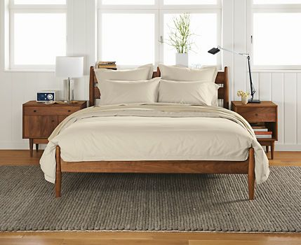 Grove bed bedrooms nightstands and walnut stain for Shaker bed plans