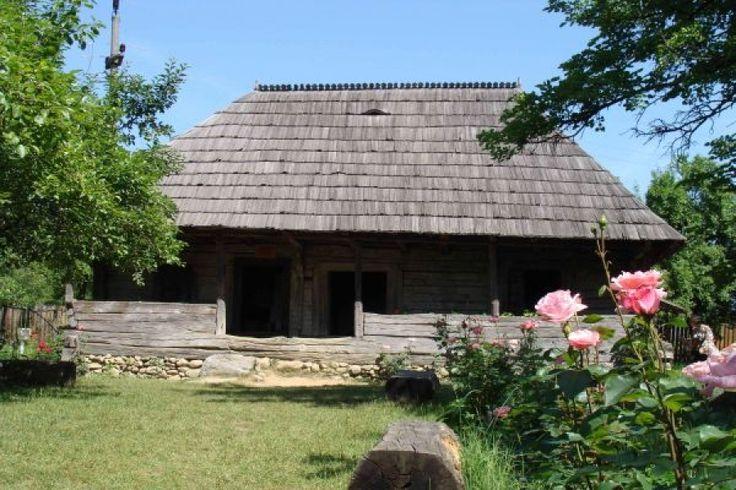 Casa lui Brâncuși - un coteț de renume mondial http://www.antenasatelor.ro/destine-rom%C3%A2ne%C8%99ti/4708-casa-lui-brancu%C8%99i-un-cote%C8%9B-de-renume-mondial.html
