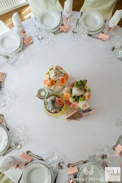 8. Alice in Wonderland Wedding,Roundtable table decoration / Alicja w Krainie Czarów,Dekoracja stołu,Anioły Przyjęć