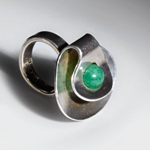 Vigeland, Tone - Ring / Silver and green agate.1960s