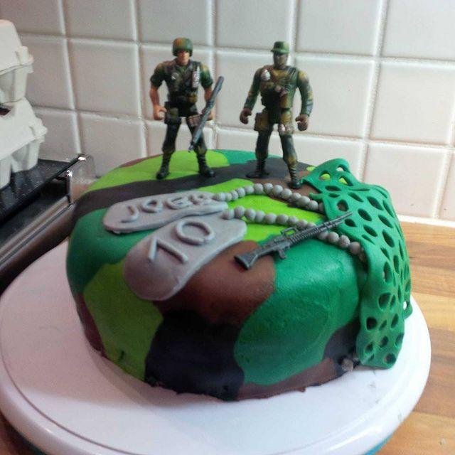 army cake by AdaVanIwaarden, via Flickr