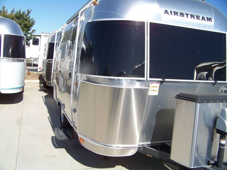 2016 Airstream Flying Cloud 19, Travel Trailers RV For Sale in Los Banos, California | Toscano RV Center 6562 | RVT.com - 87330