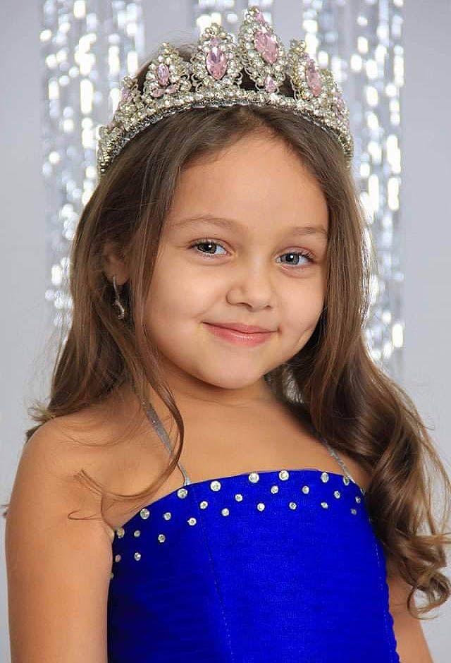 صور اطفال اجمل اطفال حول العالم تيا حمدى حسن من مصر In 2021 Beautiful Children Beautiful Most Beautiful