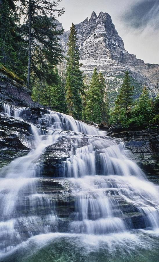 Glacier National Park, Montana, USA Would love to explore more, it's mostly been a drive through to somewhere else so far....