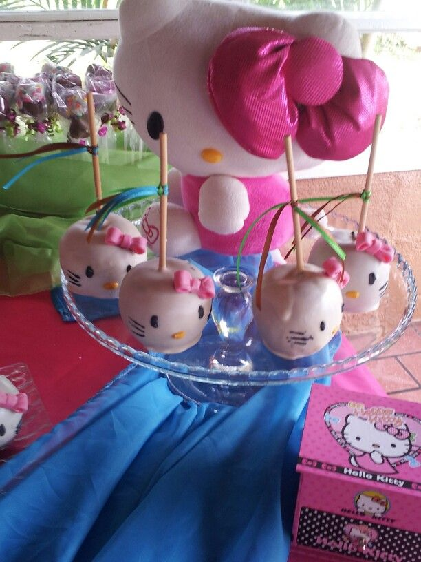 Manzanas Cubiertas De Chocolates Hello Kitty Pinterest Caramel Apples Fiestas And Kitty