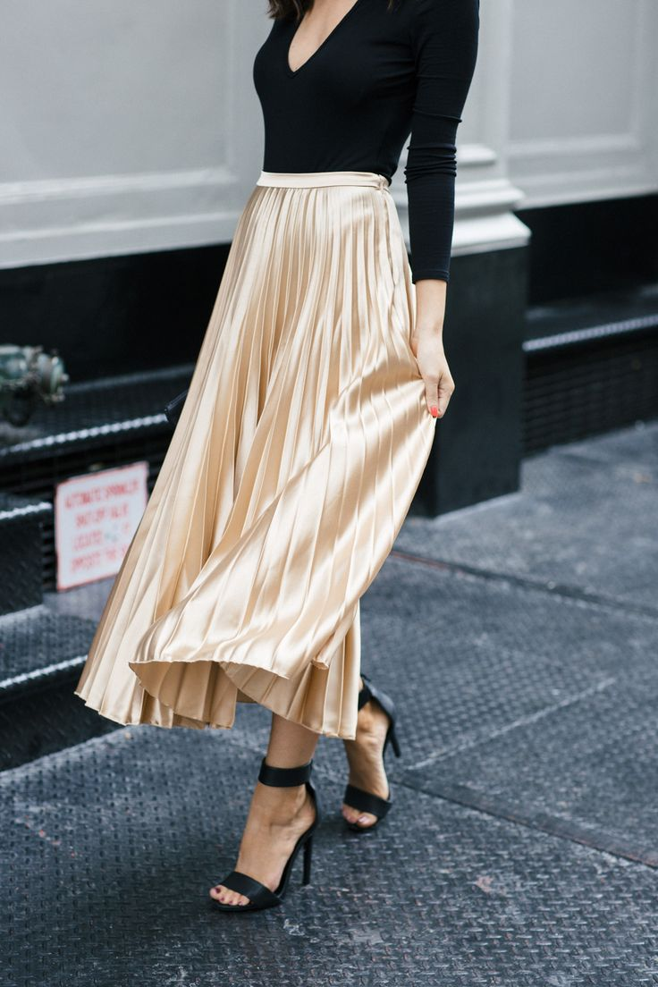 Metallic pleated skirt -- date night look!
