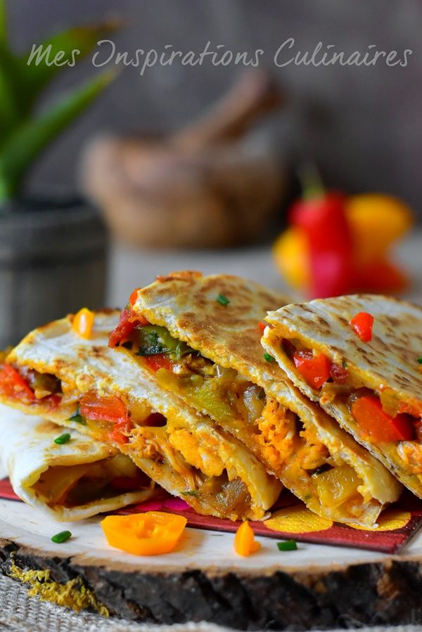 chicken and pepper quesadillas / quesadillas au fromage et poivrons