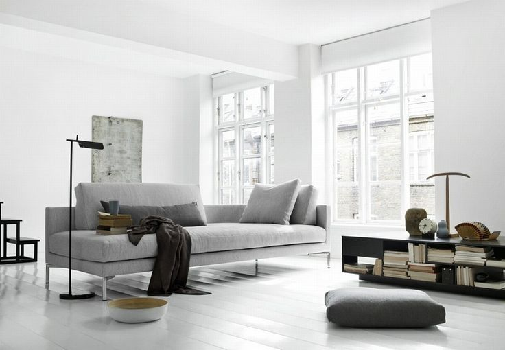 Plano rises up with a lightness that almost makes it seem to float and the result is a Scandinavian version of the modern sofa lounger. #furniture #modernfurniture #livingroom #sofa #fabricsofa