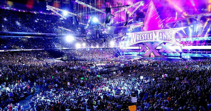 """Cómo hace la WWE para organizar Wrestlemania. Wrestlemania es la culminación de lo mejor de cada año de la World Wrestling Entertainment (WWE) y es una de las ideas más logradas de Vincent McMahon. Wrestlemania es el evento de lucha profesional más grande en Estados Unidos en cuanto a cantidad de público por año. Funciona como el """"final de temporada"""" de todo lo que ha ocurrido en la WWE ..."""