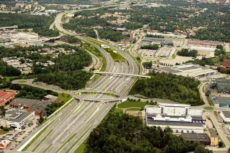 Stockholm - Förbifart Stockholm ska gå från Kungens Kurva i söder till Häggvik i norr.