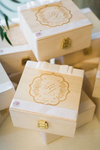 Felici & Contenti - Organizzazione Eventi e Matrimoni: GIULIA & SIMONE, FLOWERS' WEDDING