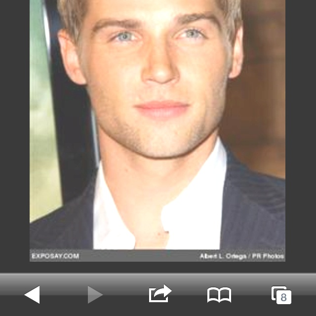 Who I want to play Christian Grey!!!