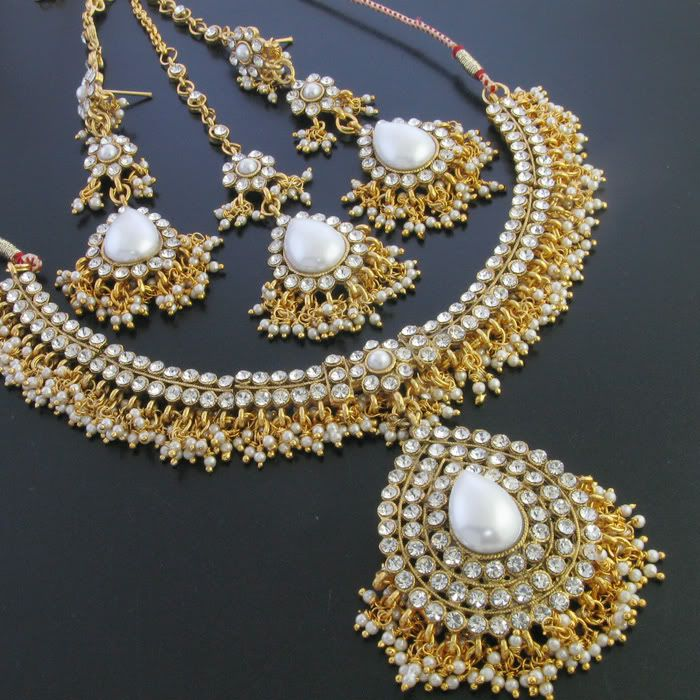 : Pearl, Indian Jewelry, Google Search, Jewellery Design, Bridal Jewelry, Jewels, Beautiful Jewellery, Indian Necklaces