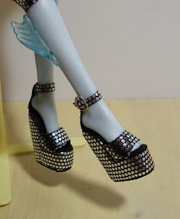 Fashion Doll Shoes: Platform shoes for a Monster High doll