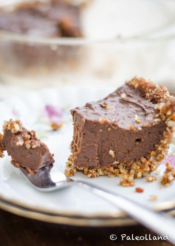 Paleo Chocolate Pie with Nut Crust on www.paleolland.com