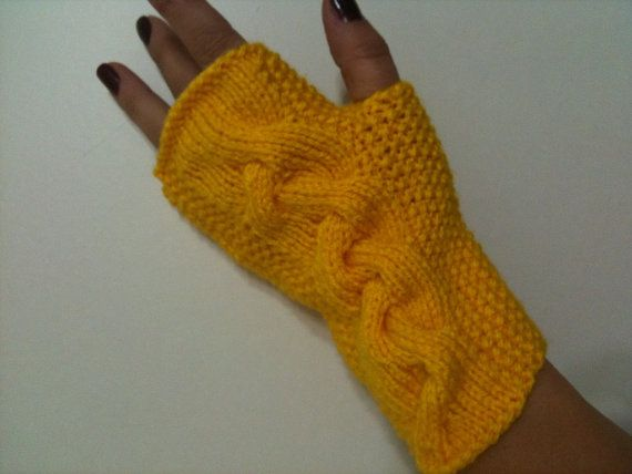 Yellow  Fingerless Gloves Armwarmers Hand Knit Chic by NesrinArt, $19.99: Hands Knits, Gloves Armwarm, Fingerless Gloves, Armwarm Hands, Yellow Fingerless, Knits Chic
