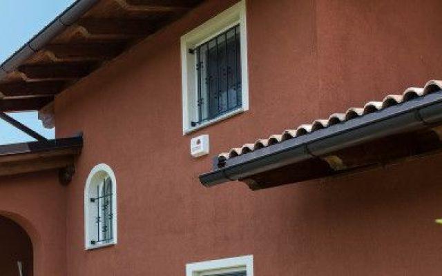 17 idee su case in legno su pinterest case case per for Belle case economiche