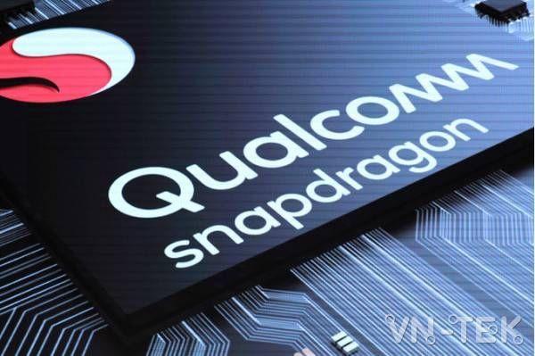 Qualcomm đã xuất hiện tại MWC 2018 và khiến mọi người bất ngờ khi công bố dòng sản phẩm SoC (system-on-a-chip) mới mang tên Snapdragon 700. Dòng SoC này sẽ mang những tính năng vốn chỉ xuất hiện trên dòng flagship 800 xuống phân khúc tầm trung, như cải thiện tốc độ của AI trên thiết bị lên gấp đôi.