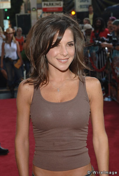 Kelly Monaco- I have like no hips just like this gotta get my arms and stomach fit like this so I don't looked so weird shaped