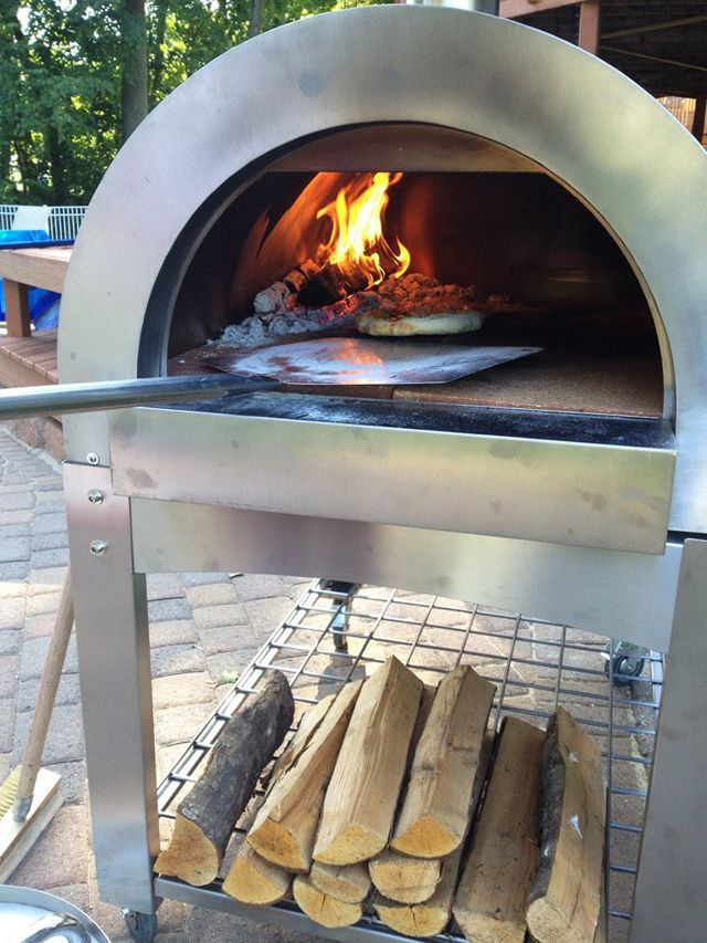 Wood fired pizzas are delicious. You can make them in your own backyard anytime you choose with one of these 10 DIY Pizza Ovens.