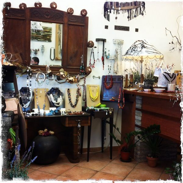 L'Atelier a Chiaravalle, AN, Italia