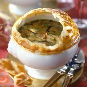 Soupe de champignons des bois en croûte - une recette Champignons des bois, champignons des villes - Cuisine