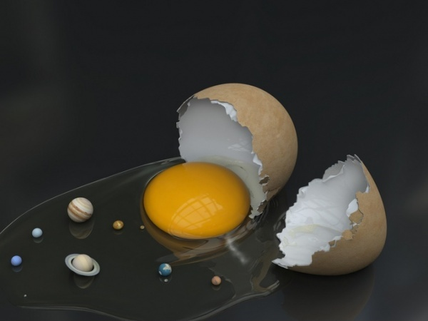 Variations on eggs - Solar system (by Enrico Cerica)