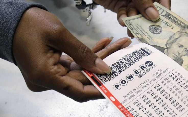 Venden boleto ganador de $429 millones de la lotería Powerball