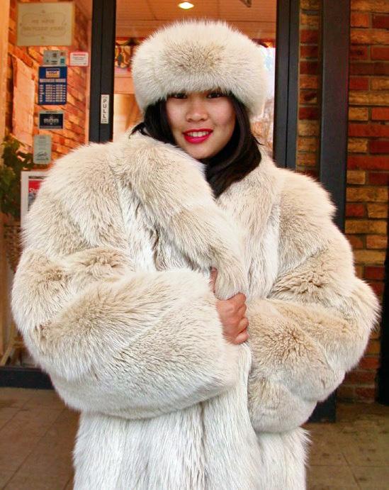 blush fox fur coat & hat   Furs & Softwear 13   Pinterest   Coats ...