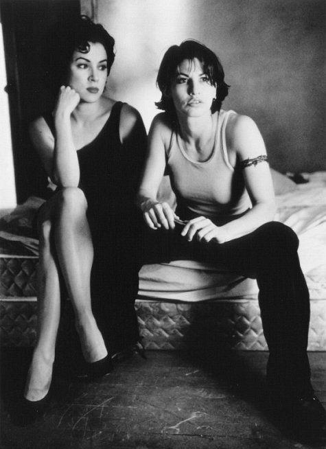 Gina Gershon and Jennifer Tilly