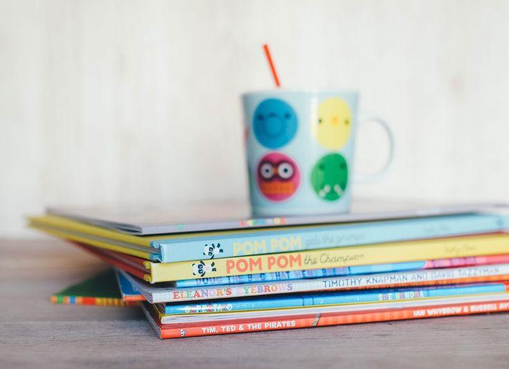 """Top Kinderbuch """"Waiting For The Waves"""" von Michelle Nkamankeng.  Jetzt das Top Kinderbuch """"Waiting For The Waves"""" von Michelle Nkamankeng günstig online kaufen. Bücher, die man gelesen haben muss!"""