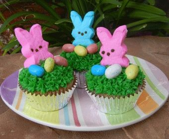 These cupcakes are easy to make and a great Easter activity to make with the kids. http://media-cache1.pinterest.com/upload/104638391312274224_b1oDEw2D_f.jpg supermoms360 spring crafts recipes for kidsBlue Food, Easter Recipe, Easter Cupcakes For Kids, Bunnies Cupcakes, Spring Crafts, Easter Treats, Easter Activities, Peep Cupcakes, Easter Ideas