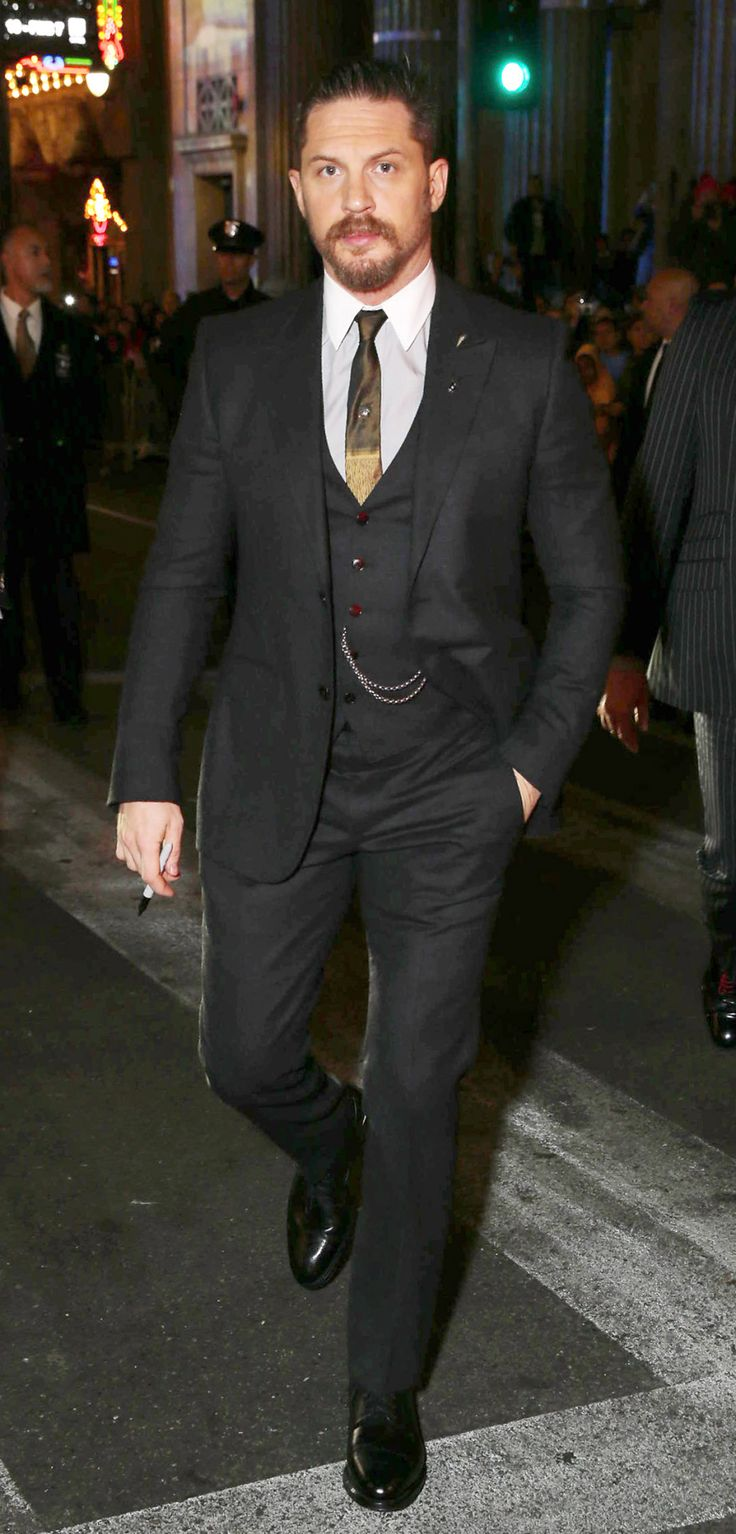 loooook at this sartorial badassTom Hardy seen at Twentieth Century Fox World Premiere of 'The Revenant' at TCL Chinese Theatre on Wednesday, Dec. 16, 2015, in Hollywood, CA. (Photo by Eric Charbonneau/Invision for Twentieth Century Fox/AP Images)