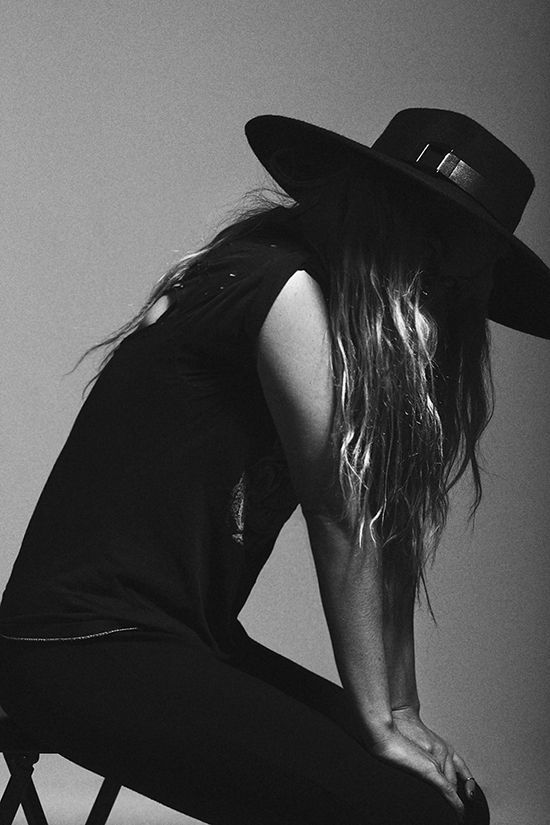 Via French Voguettes -- Portrait - Fashion - Hat - Editorial - Black and White - Photography