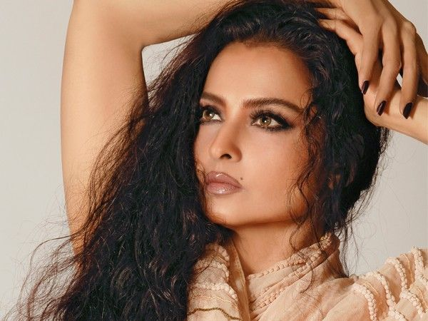 smokey and glossy nude lips, Rekha continues to be the gorgeous lady of…