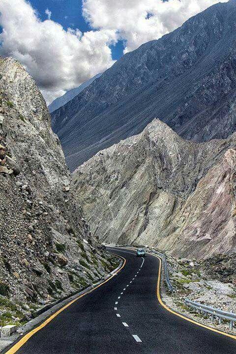 On way to Khujerab Pass Karakoram Highway