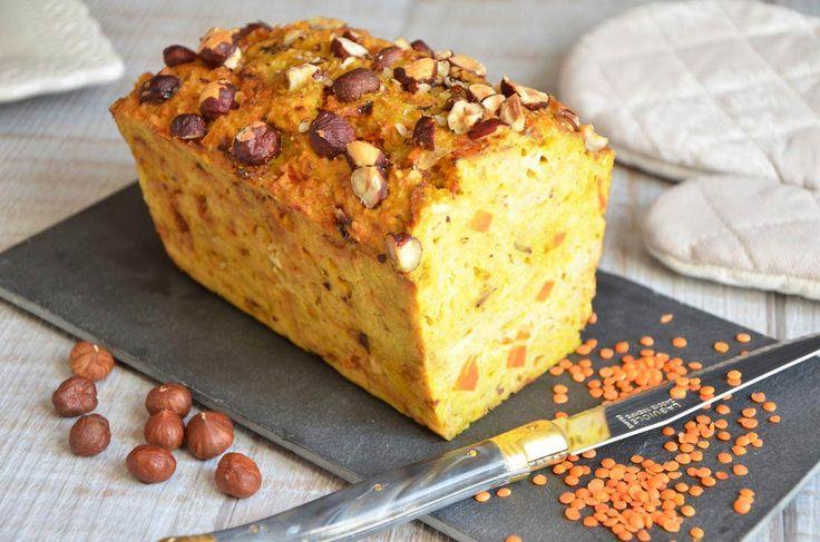 Recette de cake aux lentilles corail, carottes et curry sans huile ni beurre
