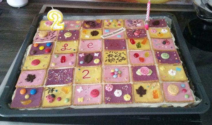 Butterkekskuchen, ein schönes Rezept aus der Kategorie Kuchen. Bewertungen: 415. Durchschnitt: Ø 4,7.