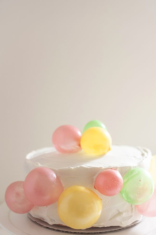 The balloons on this birthday cake are EDIBLE! - cannot wait to try it | A Subtle Revelry