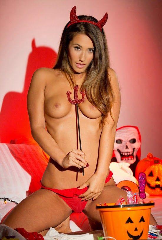 Mucho más que Sexo Oral y Escrito: Sexo en Halloween