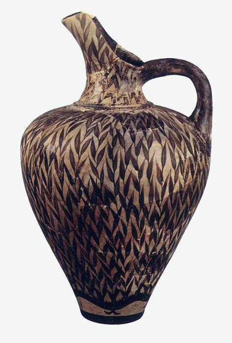AUTORE:Ignoto NOME: Prochous di stile vegetale DATAZIONE: 1700-1450 a.c. circa MATERIALE E TECNICA: Pittura su terracotta LUOGO DI CONSERVAZIONE: Iraklion, museo archeologico
