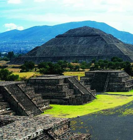 Zona arqueológica de #Teotihuacan, #México. Antonio Alvar  archaeological site of Teotihuacan  Tour By Mexico - Google+