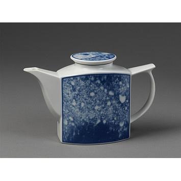 Teapot, Leif Helge Enger (designer), Porsgrund (factory), 1984.