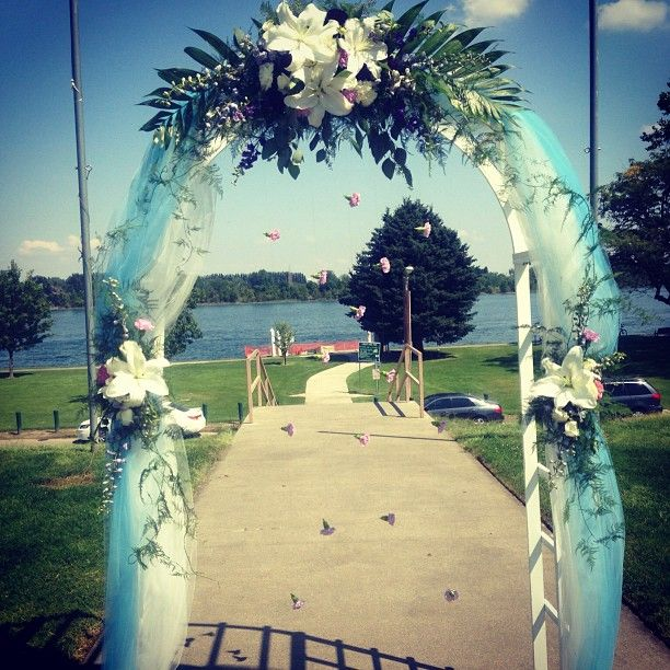 17 best images about wedding ach on pinterest wedding for Arch decoration pictures
