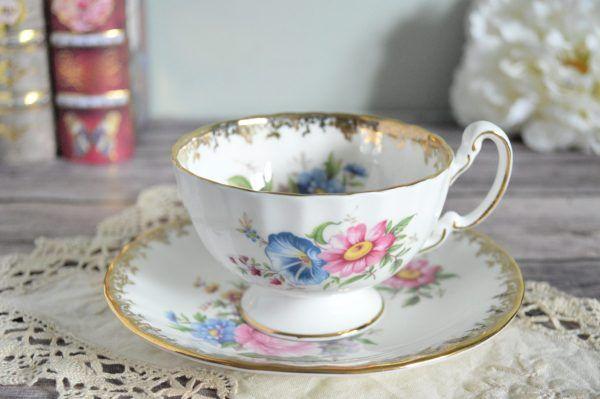 Aynsley Teacup With Morning Glory The Teacup Attic Tea Cups Aynsley Tea Cup Bone China Tea Cups