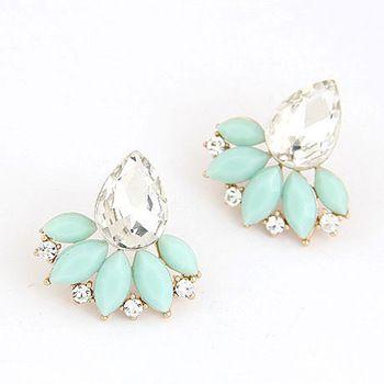 Retro Flower Earrings //Price: $ 9.49 & FREE Shipping //     #jewelry #jewels #jewel #fashion #gems #gem #gemstone #bling #stones   #stone #trendy #accessories #love #crystals #beautiful #ootd #style #accessory   #stylish #cute #fashionjewelry  #bracelets #bracelet #armcandy #armswag #wristgame #pretty #love #beautiful   #braceletstacks #earrings #earring