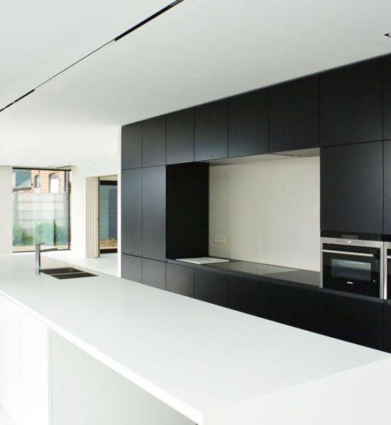 1000 idee n over lange smalle keuken op pinterest smal - Betegeld zwart wit geblokte keuken ...