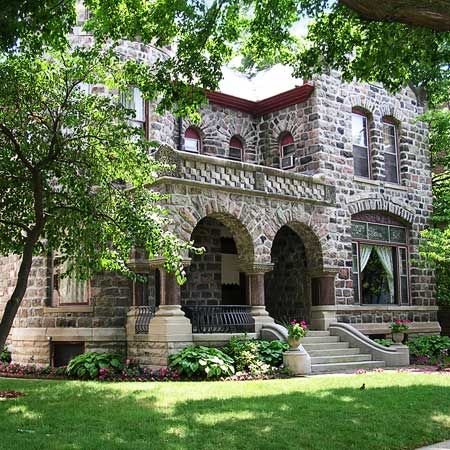 Architecture:  Richardsonian Romanesque porch