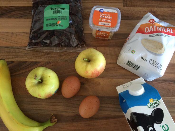Toevoegen aan mijn receptenDeze havermoutmuffins met appel en amandelen zijn super gezond en echt heel erg lekker. Ze zijn ideaal voor het onbijt, maar ook heel makkelijk om mee te nemen als lunch. De appels, rozijnen en banaan voegen wat zoetigheid aan de muffins toe en de kaneel maakt het helemaal af. Het smaak bijnaals …